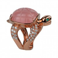 Boucheron Tortue quartz rose